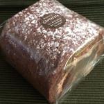 40602023 - 生チョコロールハーフ(650円)