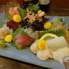 魚・肴・処 ひでまる - 料理写真:お刺身盛り合わせ