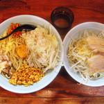 らーめん 郎郎郎 - 油そば(大盛 麺450g)¥720+豚増し¥150+ヤサイマシ