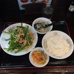 中華逸品 - 青椒肉絲定食750円