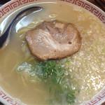 ホルモン肉問屋 小川商店 - 牛骨ラーメン