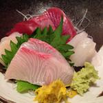 カネト水産 海の市 - 刺身定食1000円