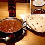 40614908 - 野菜カレー チャパティ ライス ネパールアイス