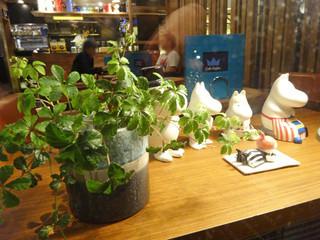 オスロ コーヒー 白金台店 - ハンド・ドリップのコーヒーと