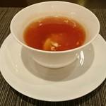 40618402 - フカヒレのスープ、フォアグラ茶碗蒸し仕立て