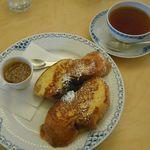 Flat Cafe - キャラメルソースのフレンチトーストセット[レディグレイ]
