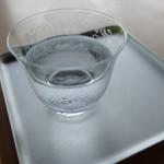 素透撫 - 水