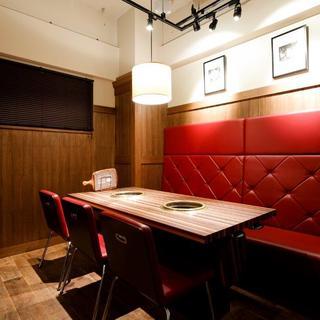 会食や接待など様々なシーンでご利用できる個室