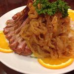 40631724 - 自家製チャーシューとクラゲの冷製前菜