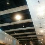 J.S. PANCAKE CAFE  - 空間がひろくてオシャレ