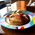 40636836 - キャラメルパンケーキ・・・アイスが添えられてます・・・