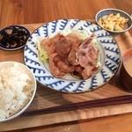 40645084 - 豚の生姜焼き定食。柔らかく、生姜の風味が活きた生姜焼きです(●・ω・)/