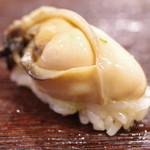 鮨いち伍 - 岩牡蠣