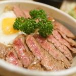 プチレストラン ぱーとな - ステーキ丼
