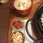 40652376 - 小鉢2種類と冷たい味噌汁