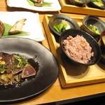 一汁五穀 - とき鰹とはらんぼ定食1180円(税別)