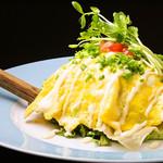 個室×肉×鉄板料理専門店 Enfin - 【大迫力】やっとのドームサラダ いろんなお野菜詰め込んで~♪その迫力、頼んで見てのお楽しみ!