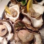 オザミ・デ・ヴァン 本店 - 201508岩牡蠣(食べ放題)