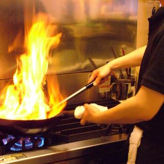 長年料理の研究を続けるオーナーが腕をふるう本格中華