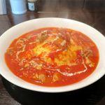 隣の洋食屋さん ブラボーパパ - 料理写真:チキンオムライス(トマトソース、1,120円)