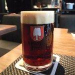 フランツィスカーナー バー&グリル - 黒ビール