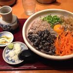 40672430 - 黒豆納豆蕎麦(大盛り)1060円税込
