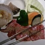 40674325 - タレがしみ込んだ絶品肉☆