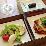 航 北鎌倉 - コースのお魚料理 三崎鮮魚 スズキのポワレ ラタトゥイユソース