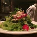 デル・チャルロ - 地鶏とゴルゴンゾーラのサラダ\(^o^)/