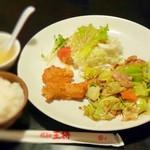 餃子の王将 - 料理写真:回鍋肉定食