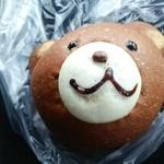40678876 - 熊のチョコクリームパン150円
