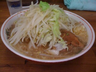 ラーメン二郎 品川店 - 小ラーメン、ヤサイ、ニンニク