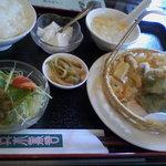 4068467 - 春野菜と白身魚の天ぷら定食¥780