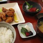 いづ喜 - とり唐揚定食 1360円