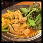 亀松 - ホルモン辛味炒め 580円