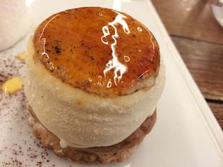 パティスリー モンプリュ 本店 - クリームが美味しく、グレープフルーツはフレッシュでメリハリ凄い