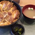 レストラン&カフェ ビアン - 料理写真:平成27年8月 ダブルカツ丼780円
