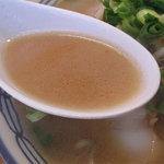 えぞっ子 - 九州の味噌ラーメンにありがちな甘めな味ではなく、味噌自体の濃度は普通なんですけど、塩分がちと濃い目。