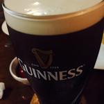 ザ グラブ - 樽生ギネス。飲み放題です。