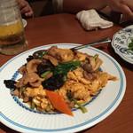 龍厨房 - 卵がフワフワで美味しい!