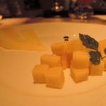 AKI NAGAO - 【2015年07月20日】アラカルト(さきにチーズを頼む・・ビールと合うんだ、これが)