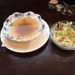 40709887 - 8/3再訪 スープとサラダ