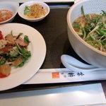 神田 雲林 - 週替り麺・付合せ2品・サラダ