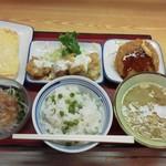 千葉都町食堂 - 料理写真:おかずいっぱいの贅沢