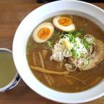 麺屋 雪月花 - 味噌らーめん_750円、味玉_100円、割りスープ