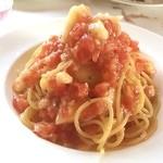 アルチ・ゴーラ - トマトのモモの冷製スパゲッティ
