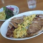 洋食おがわ - 一番好物メニュー「スタミナライス (900円)」