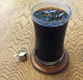 トミィ - アイスコーヒー(サムネイル用)