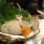ん。 - 岩牡蠣(\900)