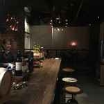 COCKTAIL WORKS - 店内